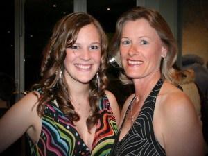 Elise Elmer and her mum, Fiona and opening night of 'Annie' (2006)
